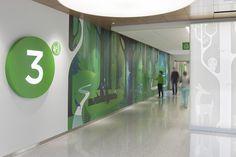 Studio SC created an artful wayfinding program for Seattle Children's Hospital. Clinic Design, Healthcare Design, Environmental Graphic Design, Environmental Graphics, Wayfinding Signage, Signage Design, Directional Signage, Hospital Signage, Hospital Architecture