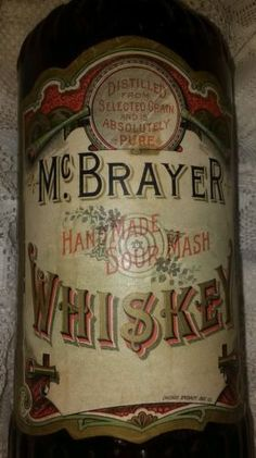 McBRAYER whiskey handmade sour mash Chicago specialty box co. Bottle