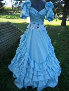 Heartsome's booth » Gown dress Fairytale Antebellum Victorian masquerade Belle Civil War small blue