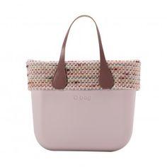 O bag mini rosa smoke con bordo trama chanel Look Fashion, Fashion Shoes, O Bag, Fasion, Chanel, Jewels, Suitcases, Purses, Totes