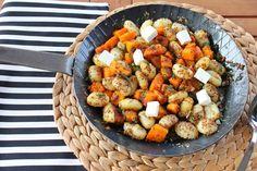 Gnocchi mit Salbei und Kürbis, ein schnelles und einfaches Rezept mit Salbei, Hokkaido Kürbis, Schafskäse und Salbei. Und hier ist das Rezept http://wolkenfeeskuechenwerkstatt.blogspot.de/2013/10/gnocchi-mit-salbeikurbis.html