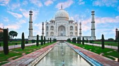 Dance & revel amid the vivid colors of India on a 10 day tour from Delhi to Udaipur during the Holi festival.