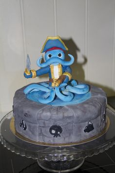 Skylanders fondant cake - cake topper