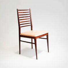 Cadeiras Jacarandá