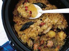 Pomalý hrnec je přístroj pro domácí vaření, který si získal obrovskou popularitu především v Americe, ale dávno už si našel cestu do Evropy. Thing 1, Multicooker, Crockpot, Oatmeal, Grains, Rice, Breakfast, Food, Ph