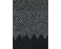 Edler italienischer Designer-Walk mit einseitiger Plüschbordüre CAZZOLA, großes Fischgrat, grau-schwarz
