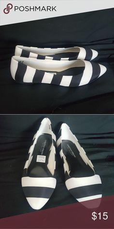 ❤Striped Flats Pointed Toe❤ Size 10 Striped Pointed Toe Flats,❤❤❤ NEVER WORN❤❤❤ Shoes Flats & Loafers