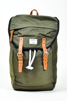 SANDQVIST - HANS | Beloved daily and travel companion. Easy matchy color and nicely added laptop pocket. Though wish they could add a back zip for a quicker access.