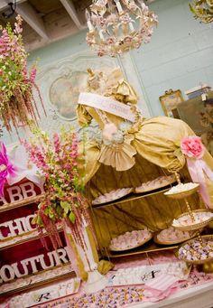 Marie Antoinette display!