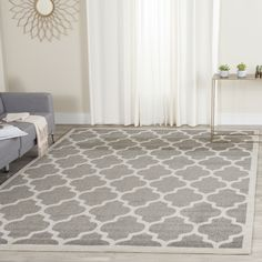 A contemporary design covers the grey field of this lovely and elegant rug, giving it a style that is subtly modern. Any room in your home will benefit from having such a lovely and versatile rug as part of its decor.