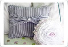 Pregnancy shirt into bow pillow for baby crib