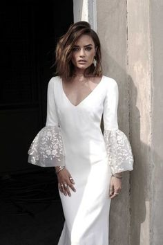 handmade custon dresses High-end custom handmade custom cream white medium v-neck lace bubble sleeve dress wedding dress evening dress sold by custom dress mary on Storenvy Wedding Dresses 2018, Bridal Dresses, Formal Dresses, Casual Dresses, Wedding Dress Sleeves, Dresses With Sleeves, Dress Wedding, Wedding Reception, Robes Glamour