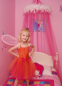 Lilybug Designs: Bed Canopy