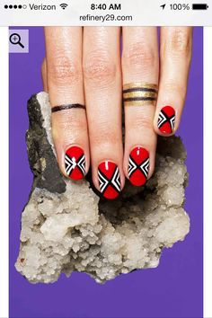 Geometric design nail art