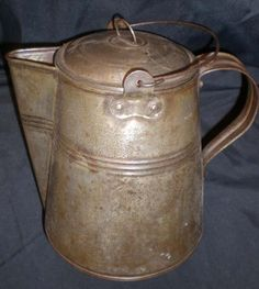 Cowboy Coffee Pot C JB206 With Built In Strainer All