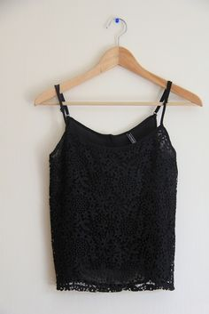 Update your Crop tops and your wardrobe when shopping at Vinted! Save up to on Crop tops and pre-loved clothing to complete your style. My Black, Black Tops, Love Clothing, Second Hand Clothes, Your Style, Camisole Top, Crop Tops, Clothes For Women, Check