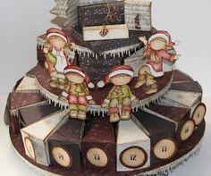 """Det er allerede 2 desember,og bare3 uker igjen til jul! Tiden går fort,og jeg henger """"litt"""" etter... Men her kommer hvertfall en julekale..."""