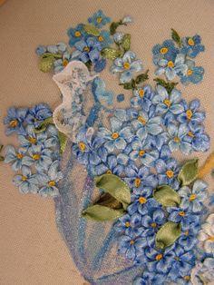 Gallery.ru / Фото #104 - Моя вышивка лентами 2 - Valehcia