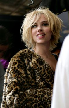 Scarlett Johansson replaces Penelope Cruz as the new face of Mango, reports StyleCrunch. Already Pretty weighs the pros and cons of Shoe Dazzle, a newly launched shoe of the month club founded by K. Good Hair Day, Great Hair, Medium Hair Styles, Curly Hair Styles, Hair Affair, Short Haircut, Shaggy Bob Haircut, Bridesmaid Hair, Hair Today