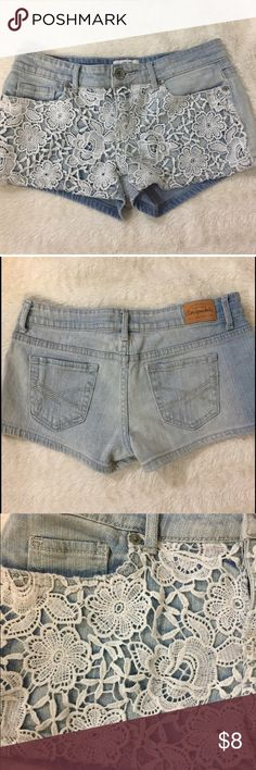 Shorts with Lace Detailing Cute Aeropostale jean shorts with lace detailing on front. Worn a few times in good condition. Aeropostale Shorts Jean Shorts