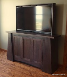 tv lift with ikea besta home pinterest fernseher verstecken tv m bel und verstecke. Black Bedroom Furniture Sets. Home Design Ideas