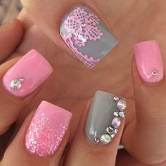 """#pink#grey#acrylicnails#crystals#pinkglitterombe#nails#laceflower#cute#love"""