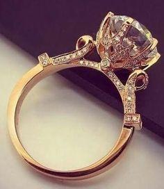 This stunning vintage ring 😍