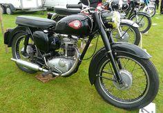 BSA C15 - Google Search Bsa Motorcycle, Motorcycle Posters, Cool Motorcycles, Vintage Motorcycles, Classic Bikes, Scooters, Motorbikes, Honda, British