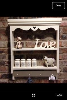 Shabby chic shelf unit
