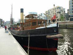 blog.peterkulpe.euzeigt Hamburg aus der Sicht eines Südschwarzwälders ... #FF #Wochenstart #Blog #Waldkircher #Twitter #Autor #eBookShops #eBooks #Gedanken #Blogartikel #Emmendinger #Hamburg #Hafen #Architektur #Speicherstadt #Elbe #Schiff