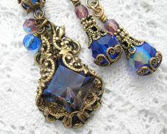 DreamScape  Filigree Wrapped Heliotrope Glass Jewel Necklace