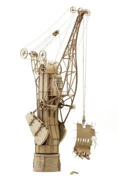 ダンボール製、飛行艇や産業的なオリジナル模型がかっこいい (1)