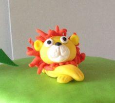 Petiscos da Sofia: Bolo de aniversário animais da selva Bolo Grande, Jungle Animals, Girl Birthday Cakes, Toddler Boy Birthday, Decorating Cakes, Toddler Girls, Cupcake, Arrange Pictures