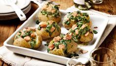 Backkartoffeln mit Lachs-Spinat Füllung - ein feines Rezept aus der Kategorie Fisch. Einfach und schnell mit MAGGI Kochstudio.