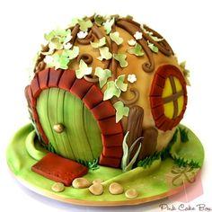 Gorgeous Hobbit Hole Cake