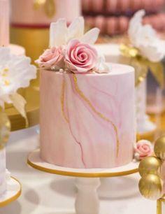 Elegant Birthday Cakes, Cute Birthday Cakes, Beautiful Birthday Cakes, Birthday Cakes For Women, Beautiful Cakes, Luxury Cake, Luxury Wedding Cake, Cool Wedding Cakes, Cake Decorating Designs