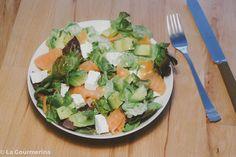 Salat mit Feta, Lachs und Avocado / salad with feta, salmon and avocado Avocado Salad, Cobb Salad, Different Salads, Feta, Salmon, Recipies, Avocado Salads