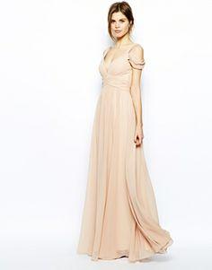 Forever Unique - Maxi robe à encolure en cœur et épaules dénudées