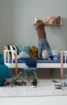 VEGG: JOTUN SENS 07 3i1 VEGG/PANEL/LIST7163 MINTY BREEZE Nursery Room, Boy Room, Home Bedroom, Kids Bedroom, Room Decor, Wall Decor, Modern Kitchen Design, Bedroom Colors, Interior Inspiration