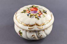 Herend Dose Porzellan mit Deckel Dekor: Obst- und Blumenmalerei, bunt