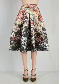 Loveliest Luncheon Skirt in Ombre Bouquet. Following the home-cooked meal you hosted in this flower printed midi, compliments fly for the feast you so fashionably presented! #black #modcloth