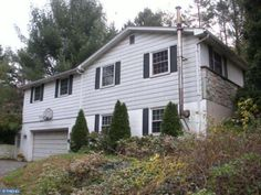 349 S New Middletown Rd Media, PA 19063 home for sale Delaware County http://www.anthonydidonato.net/wordpress/2013/08/30/349-s-new-middletown-rd-media-pa-19063-home-sale-delaware-county/  Please Contact Me for more information about this home for sale at 349 S New Middletown Rd Media, PA 19063 in Delaware County and other Homes for sale in Delaware County PA and the Wilmington Delaware Areas: Anthony DiDonato Cell Number: (610) 659-3999 Email: anthonydidonato@gmail.com