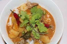 Taste of Thailand: Beef Massaman Curry Thai Massaman Curry, Cooking Time, Cooking Recipes, Butter Potatoes, Indian Food Recipes, Ethnic Recipes, Fresh Coriander, Curry Paste, Curry Recipes