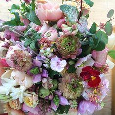 A sneak peek at tomorrow's bridal bouquet. #tulipina
