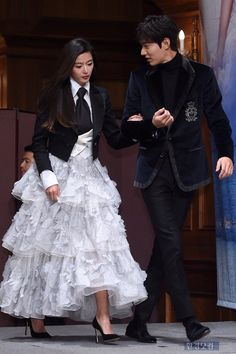 Legend of the Blue Sea: Jun Ji Hyun & Lee Min Ho source: hancinema.net