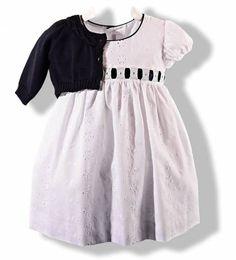 Vestido blanco con lazo azul