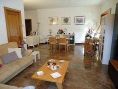 La casa che vorrei profuma di pulito, ha tanta luce e un angolino per ogni ospite che entra a far visita. Marina
