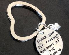 Geschenk für Schwiegermutter --Handstamped Keychain