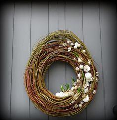 Flower world. Spring Wreath maybe? Flower world. Spring Wreath hat ein Foto des gekauften Articles hinzugefügtHow to hang a wreath on the front of a craftsman by - Quor. Diy Spring Wreath, Diy Wreath, Grapevine Wreath, Deco Floral, Art Floral, Christmas Window Decorations, Christmas Wreaths, Easter Garden, Diy Ostern