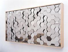 Wilderness«, Automated mirror sculpture by Doug Aitken.